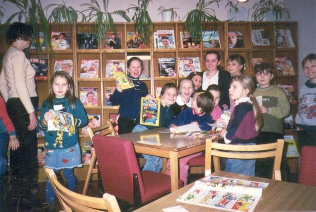 Lekcja biblioteczna dla uczniów (luty 2001 r.)