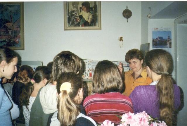 Lekcja biblioteczna dla uczniów (maj 2001 r.)