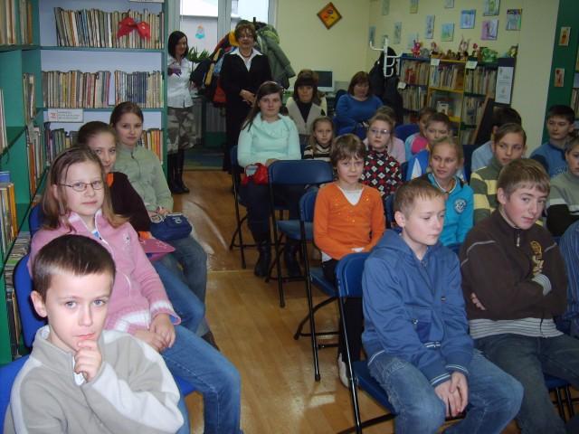 Lekcja biblioteczna z kart historii regionu - Miasto Łazy (grudzień 2007 r.)
