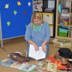 Katarzyna Kozłowska prezentuje libraturę i afrykańskie instrumenty