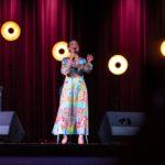 Olga Bończyk w trakcie koncertu 2
