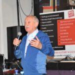 Krzysztof Wielicki opowiadający o wspinaniu na najwyższe szczyty świata